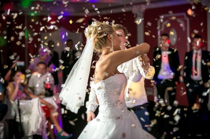 imagen de Te ayudamos a preparar tu Baile Nupcial en Acadanza, Escuela de Danza en Zaragoza